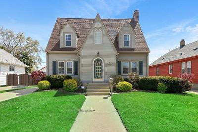 Kenosha County Single Family Home Active Contingent With Offer: 7935 26th Ave