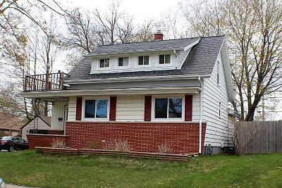 Sheboygan Single Family Home For Sale: 2614 S 7th St