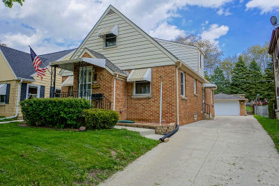West Allis Single Family Home Active Contingent With Offer: 2564 S 78th St