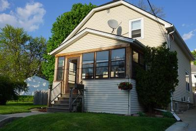 Watertown Single Family Home For Sale: 619 S Eleventh St