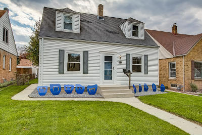Milwaukee Single Family Home Active Contingent With Offer: 2755 S 46th St