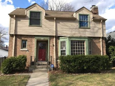 Milwaukee Single Family Home For Sale: 5202 W Townsend St
