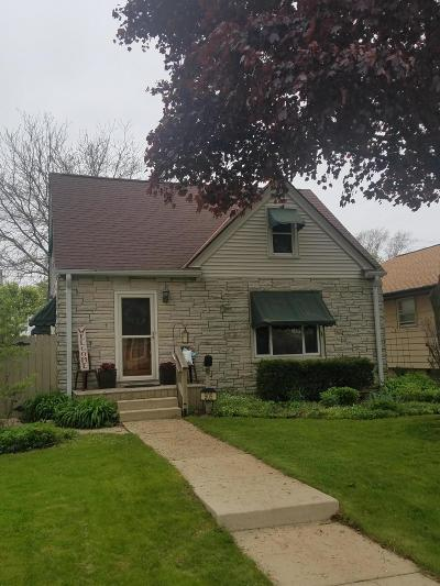 West Allis Single Family Home Active Contingent With Offer: 909 S 115th