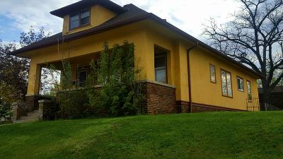 Milwaukee Single Family Home Active Contingent With Offer: 1579 S 11th St