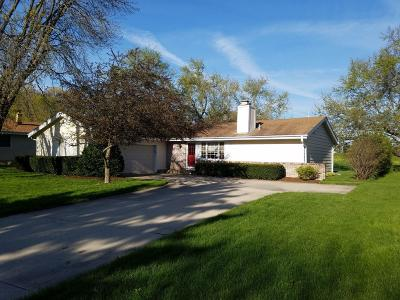 Single Family Home For Sale: 15449 W Mayflower Dr