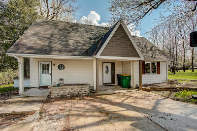 Grafton Single Family Home For Sale: 1818 Butternut Ln