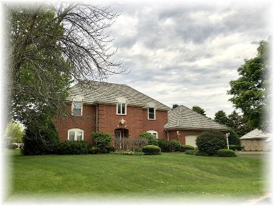 Racine County Single Family Home For Sale: 14 Applewood Ct
