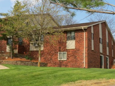 Washington County Condo/Townhouse For Sale: 637 Westridge Dr #12