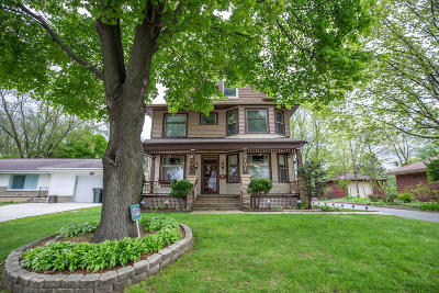 West Allis Single Family Home Active Contingent With Offer: 8101 W Beloit Rd