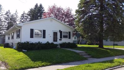 Plymouth Single Family Home Active Contingent With Offer: 104 Bishop Ave