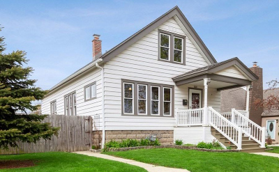 Milwaukee Single Family Home For Sale: 3533 S 17th St