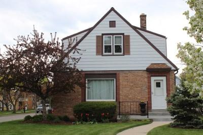 Milwaukee Single Family Home For Sale: 4535 S Adams Ave