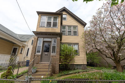 Milwaukee County Two Family Home For Sale: 616 E Lincoln Ave #620