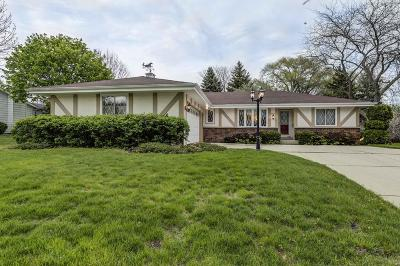 Milwaukee County Single Family Home For Sale: 6810 S Juniper Dr