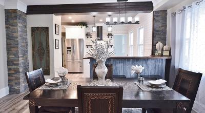 Milwaukee County Single Family Home For Sale: 3621 E Pulaski Ave