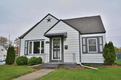 West Allis Single Family Home Active Contingent With Offer: 6501 W Arthur Ave