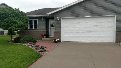 West Salem Single Family Home For Sale: 293 Driftwood St