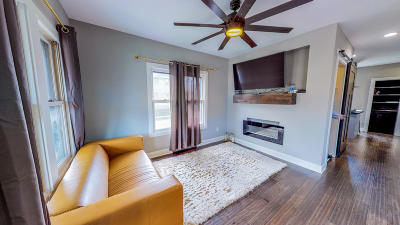 West Allis Single Family Home For Sale: 2177 S 72nd St