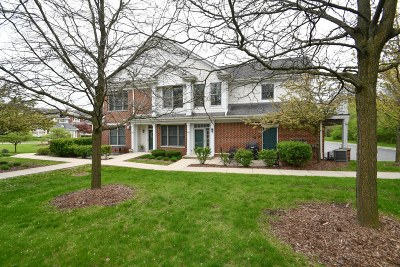 Waukesha County Condo/Townhouse For Sale: 1925 Norhardt Dr