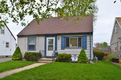 Kenosha Single Family Home Active Contingent With Offer: 7829 21st Ave