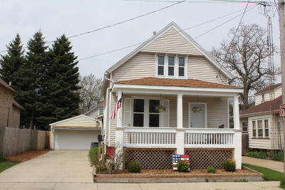 Kenosha Single Family Home For Sale: 4024 10th Avenue