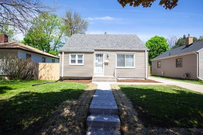 Single Family Home For Sale: 6330 W Luscher Ave