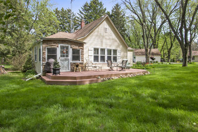 Elkhorn WI Single Family Home For Sale: $184,900