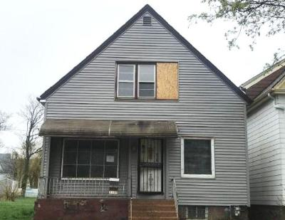 Single Family Home For Sale: 3120 W Lloyd St