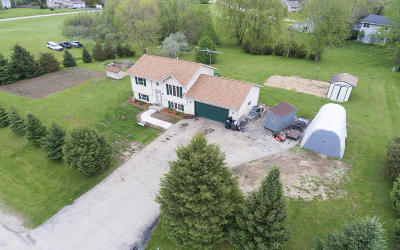 Elkhorn WI Single Family Home For Sale: $269,900