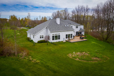 Belgium Single Family Home For Sale: 5099 Lower Lakeview Ridge Rd