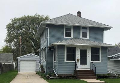 Sheboygan Single Family Home Active Contingent With Offer: 1720 N 20th St