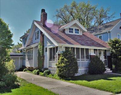 Shorewood Single Family Home Active Contingent With Offer: 3835 N Frederick Ave