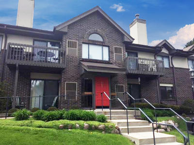 Thiensville  Condo/Townhouse Active Contingent With Offer: 403 N Main St #A