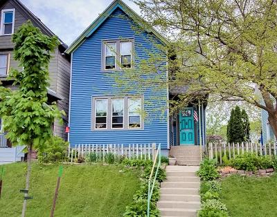 Milwaukee County Single Family Home For Sale: 1028 S 32nd St #.