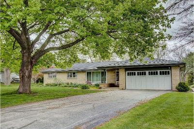 Brookfield Single Family Home Active Contingent With Offer: 15760 Fieldbrook Dr