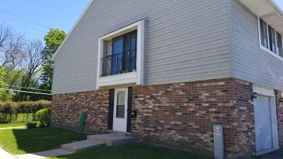 Milwaukee County Condo/Townhouse For Sale: 6332 S 20th St.