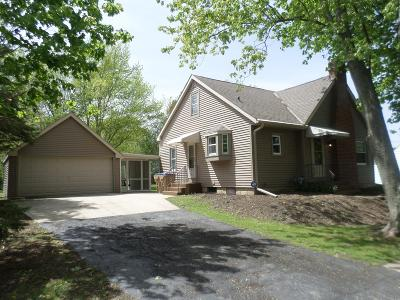 Pleasant Prairie Single Family Home Active Contingent With Offer: 9238 Cooper Rd