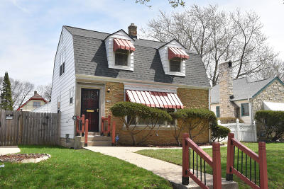 Milwaukee Single Family Home For Sale: 4180 N 17th St