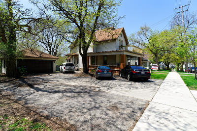 Waukesha Multi Family Home For Sale: 432 Barstow St NW