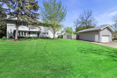 Lake Geneva Single Family Home Active Contingent With Offer: N2394 W Main Rd