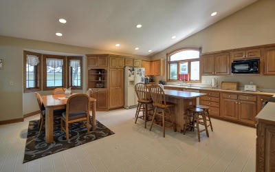 Racine County Single Family Home For Sale: 1811 Seminole Dr
