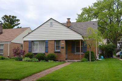 Milwaukee Single Family Home For Sale: 3251 N 80th St