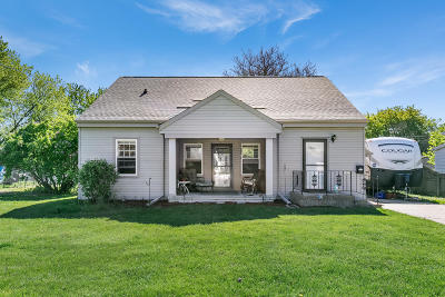 Single Family Home For Sale: 2923 97th