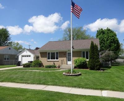 Waterford Single Family Home For Sale: 516 Aber Dr