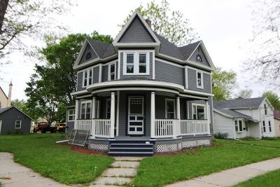 Whitewater Single Family Home For Sale: 233 S Prairie St