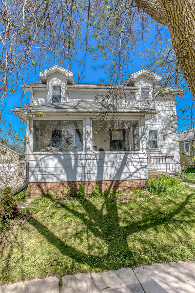 Sheboygan Single Family Home For Sale: 1201 S 20th St