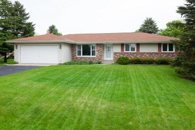 Racine Single Family Home Active Contingent With Offer: 2510 4 1/2 Mile Rd