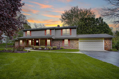 Grafton Single Family Home For Sale: 1588 Woodland Dr