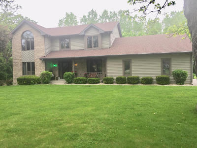 Pleasant Prairie WI Single Family Home For Sale: $423,900