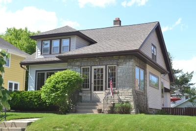 Wauwatosa Single Family Home Active Contingent With Offer: 6822 Aetna Ct